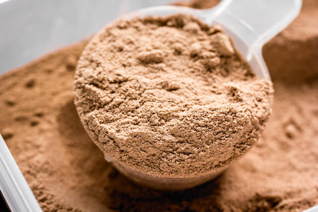 How to Use Whey Protein to Lose Fat and Gain Lean Muscle Mass